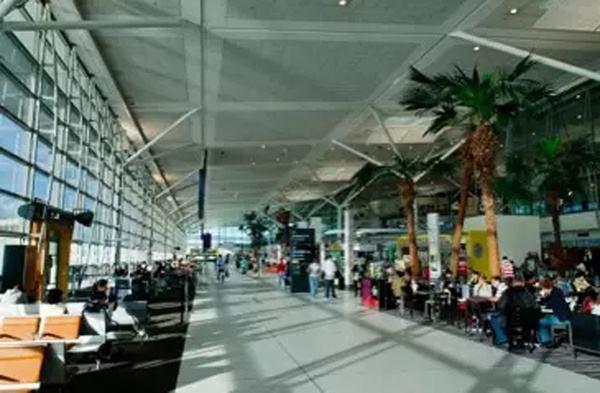 澳大利亚布里斯班机场宣布在购物区内推出数字货币付款
